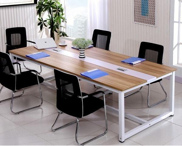 Phòng họp sang trọng, tối ưu được chỗ ngồi cho nhân viên tham gia cuộc họp